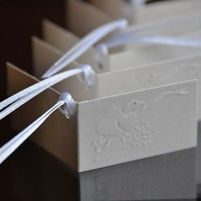 10 White Embossed Heart & Ribbon Favor Tags Gift Tags Name Cards - le petit pain