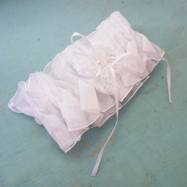 Traditional White Organza Garter with Lace Heart Bow Pearl Wedding Bridal Accessories