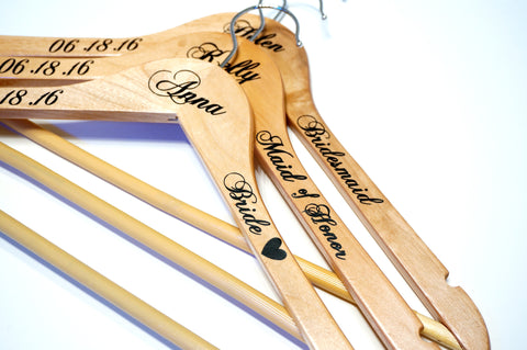 Custom Personalized Wedding Hangers, Calligraphy Wedding Dress Bride Hanger Gifts, Wedding Party Bridesmaids, Maid of Honor Photo Prop- Le Petit Pain