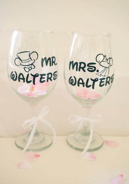 Custom Wine Glasses Couples Mouse Wedding Gift Personalized Monogram Wine Glass Gift