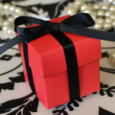 10 Berry Red Favor Box with Lid Wedding Baby Shower Container Birthday Party Decoration - Le Petit Pain