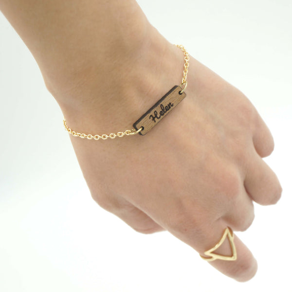 Personalized Custom Dainty Wood Bar Engraved Name Gold Chain Bracelet Unique Gift for Her- Le Petit Pain