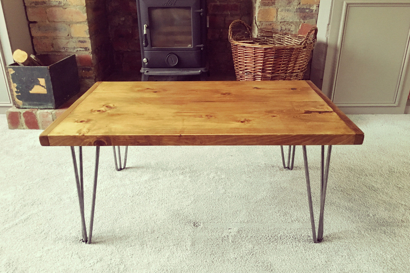 Industrial coffee table with hairpin legs