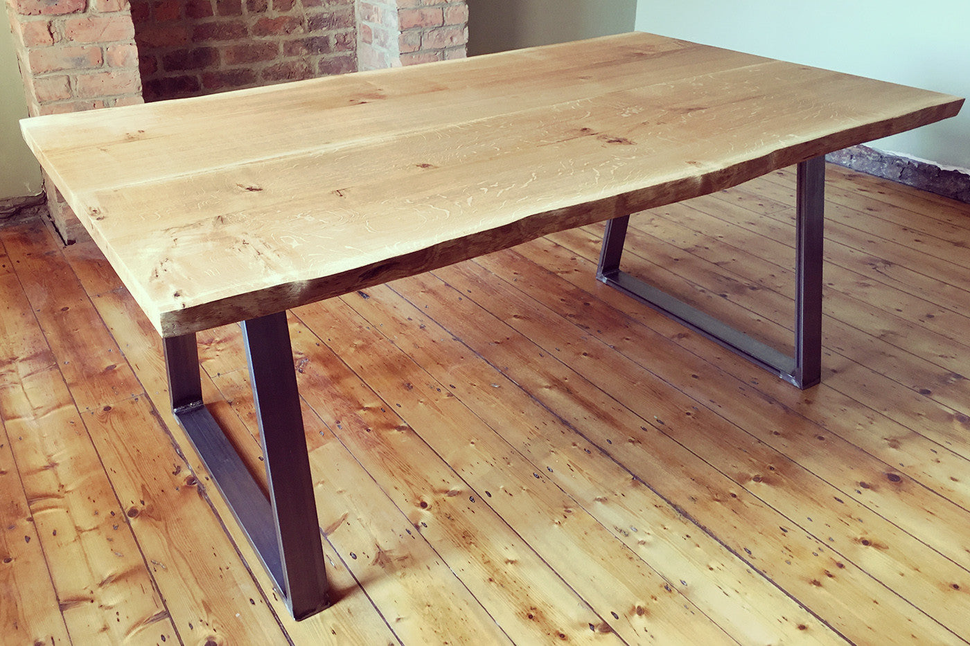 Live Edge 6/8 Seater Dining Table   Crescent Fifty One