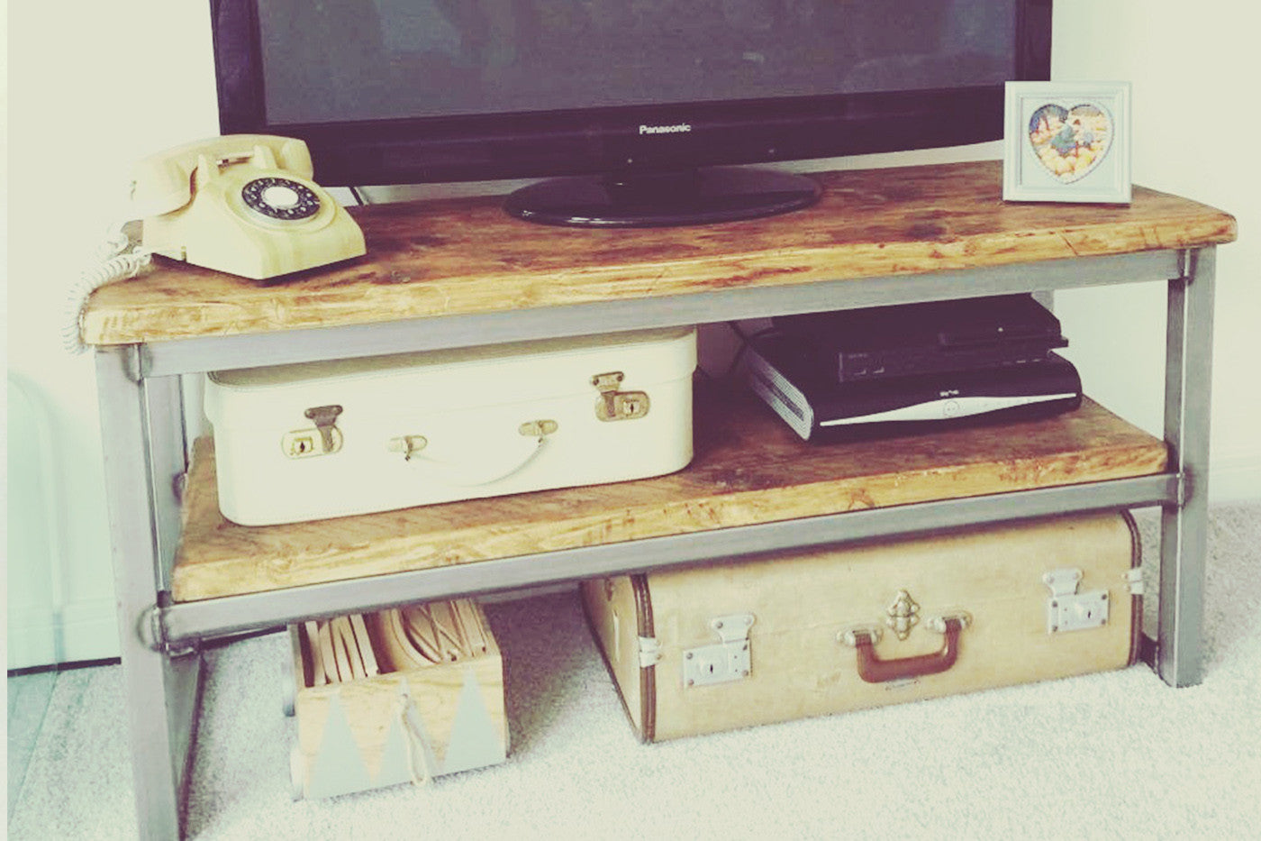 industrial media unit