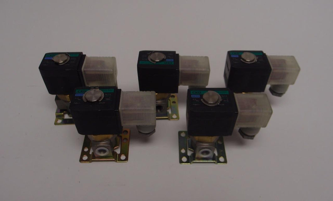 CKD FWB41 Water Solenoid Valve 72 psi 24 VDC LOT OF 7 (3890)
