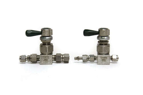 Swagelok 298072 SS-DLS6 and SS-DLS4 098656 Diaphragm Valve Lot of 2 (5176)