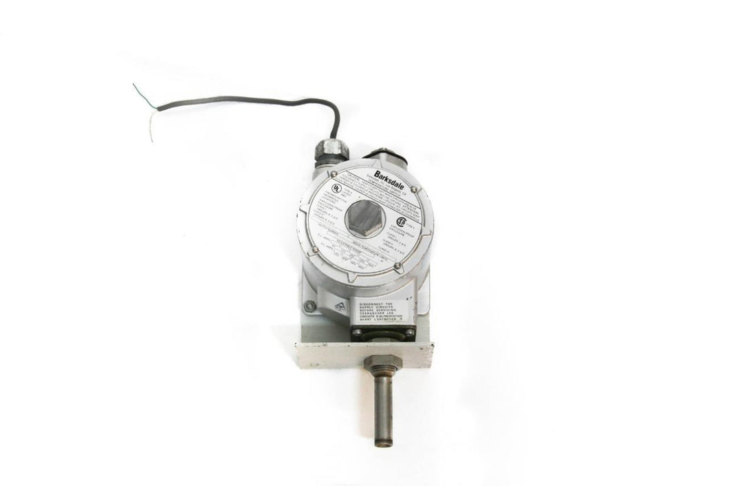 Barksdale Temperature Switch L1X-H351S Single Setting Explosion Proof (4443)