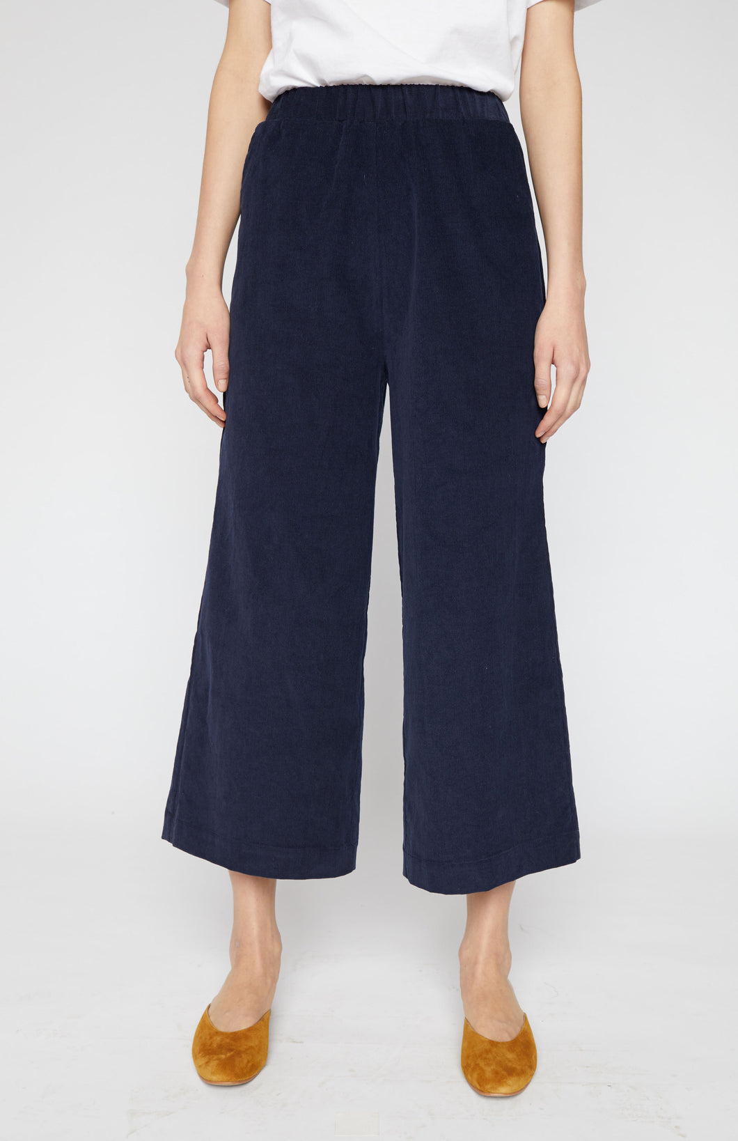 Wide Leg Pull-on Pants - Fine Corduroy