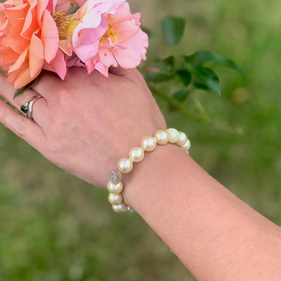 Engraved Pearl bracelet bridesmaids gifts