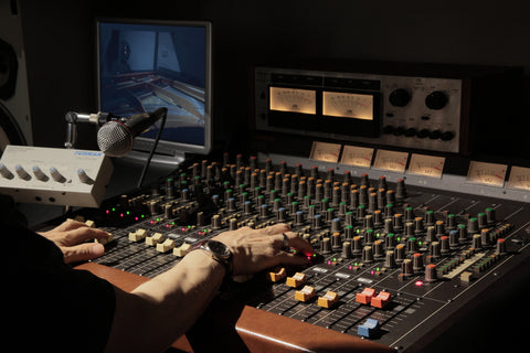 Sound Oracle Blog - 7 Things Every Music Producer Should Do