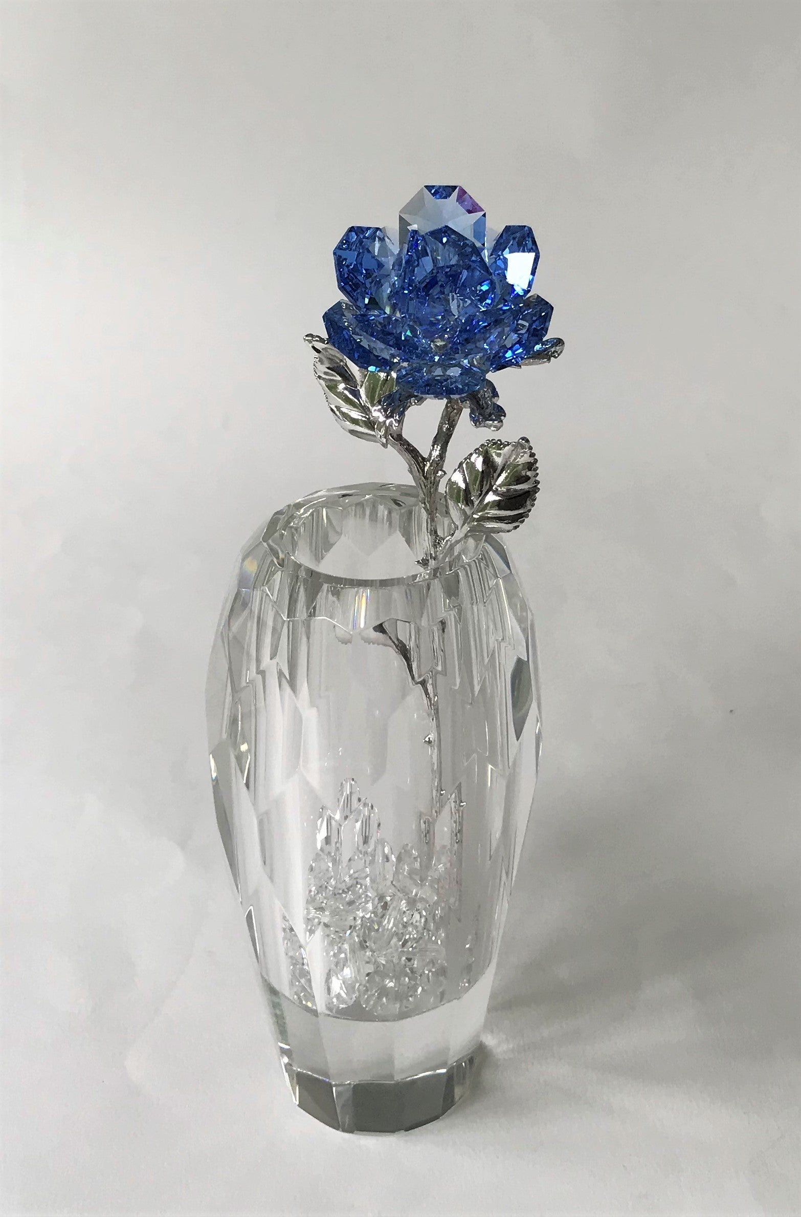 Blue Crystal Rose Handcrafted By Bjcrystalgifts Using Swarovski Crystals In A Faceted Crystal Vase