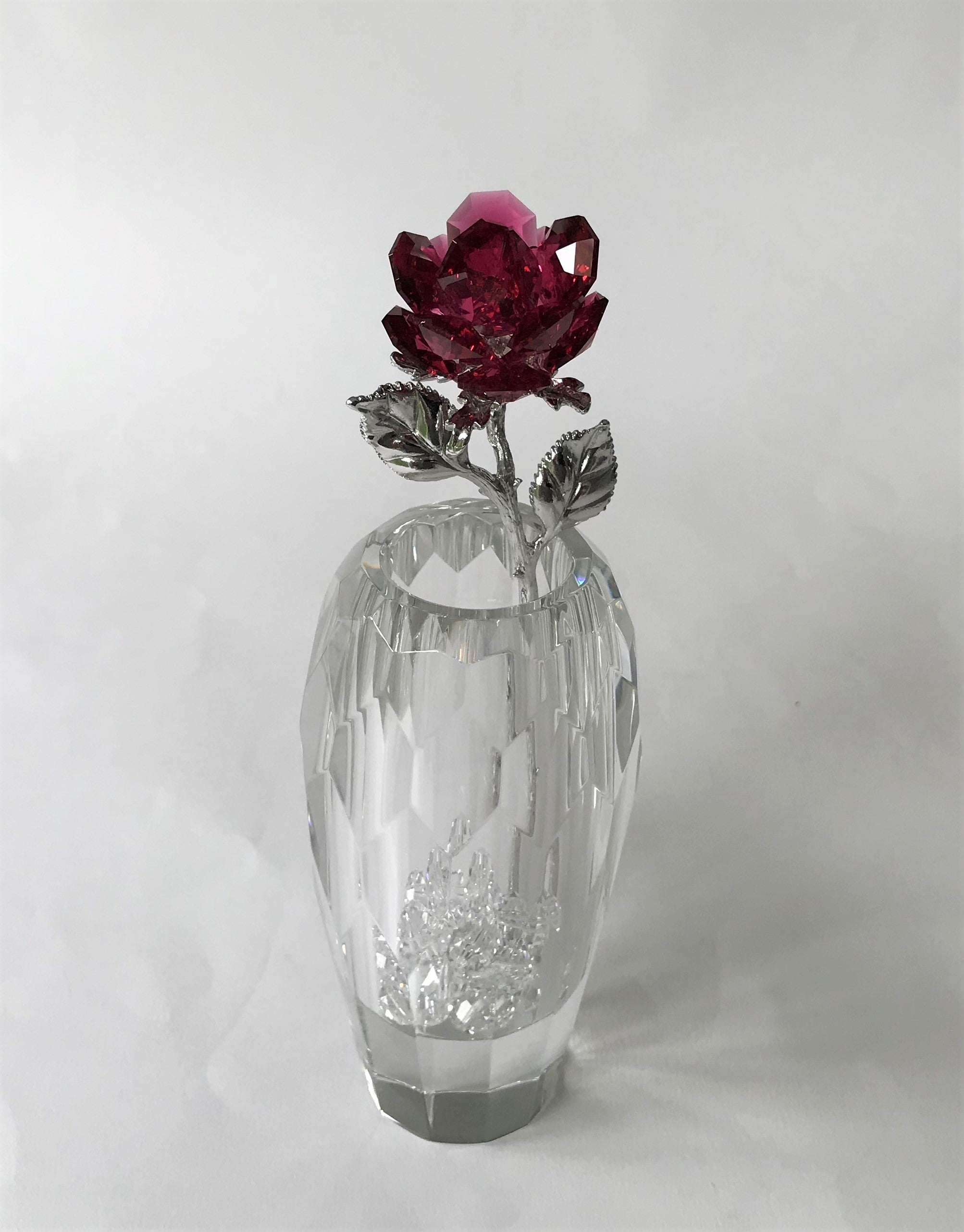 Red Crystal Rose Handcrafted By Bjcrystalgifts Using Swarovski Crystals In A Faceted Crystal Vase
