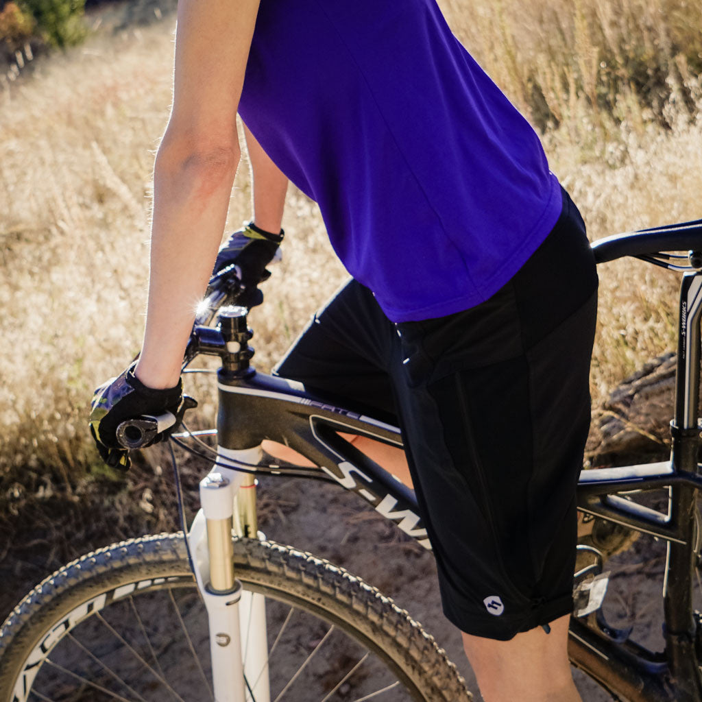 ELEVENPINE Uprising Short (Women) Mountain Biking www.elevenpine.com
