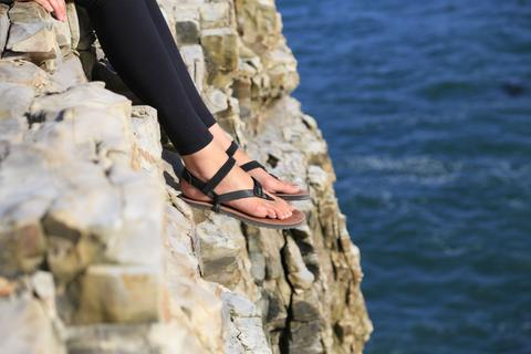 Strong Finish Sale- FREE Power Straps with the Purchase of Any Sandal!