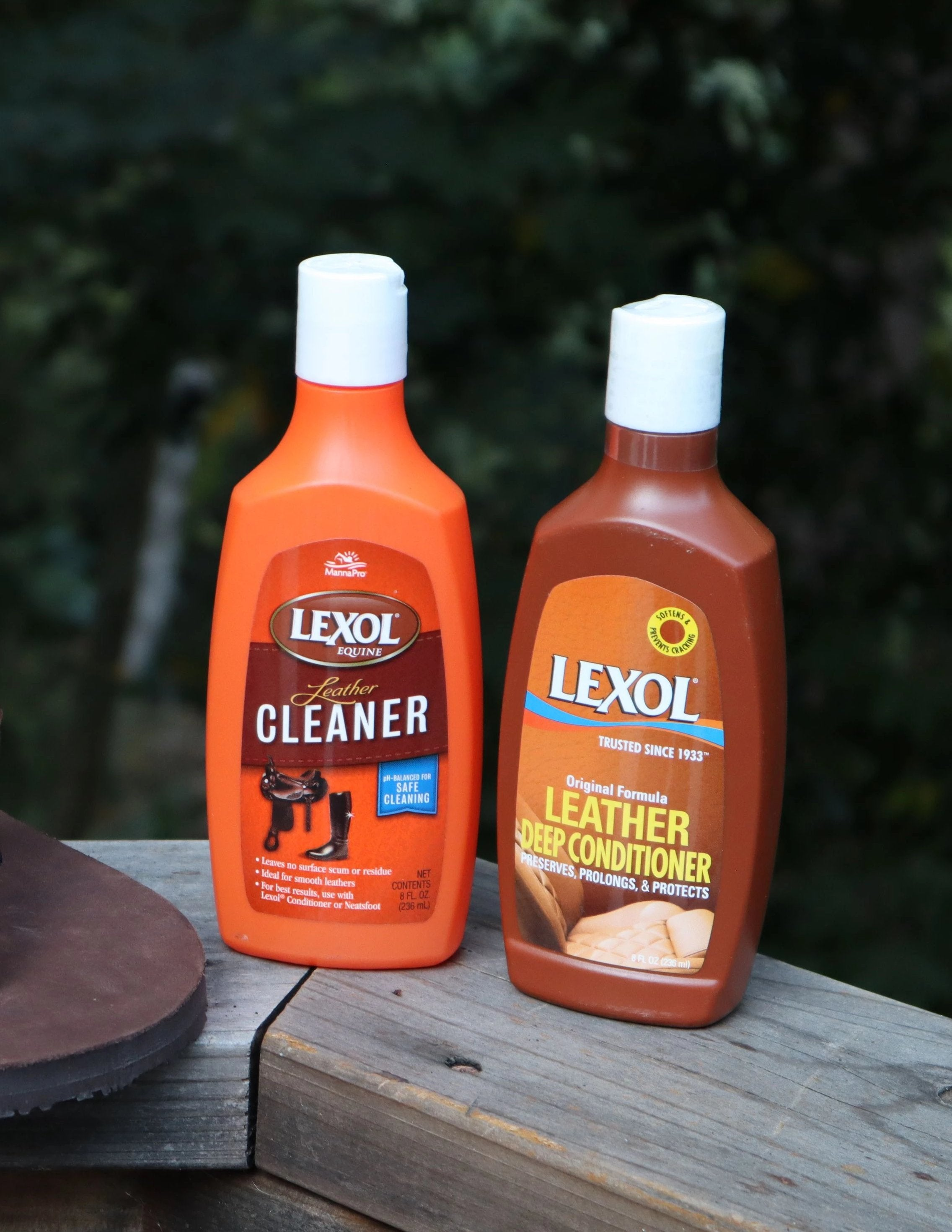 Lexol Leather Cleaner and Conditioner Bundle