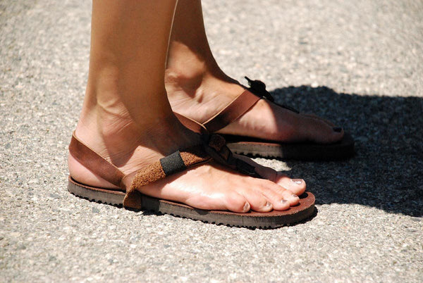 Shamma Old Goats leather sandals woman's feet profile