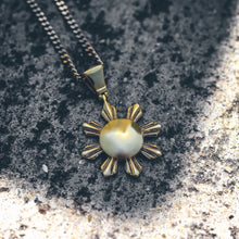Load image into Gallery viewer, Mister Sun Necklace