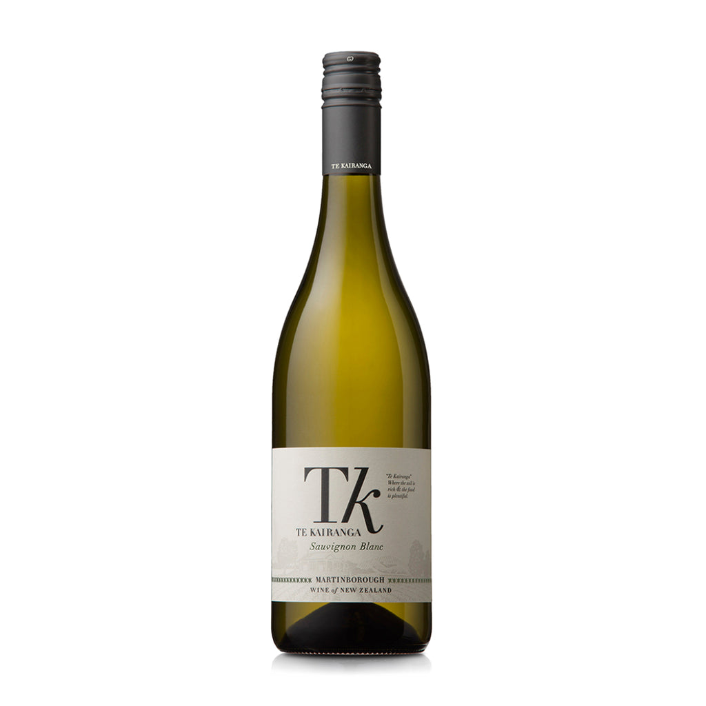Te Kairanga Estate Sauvignon Blanc 2019 bottle shot