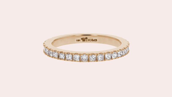 Princess-Cut-Diamond-Eternity-Band_1600x_bdf04d09-cd8c-4b0d-980f-abaf6287c14f.jpg