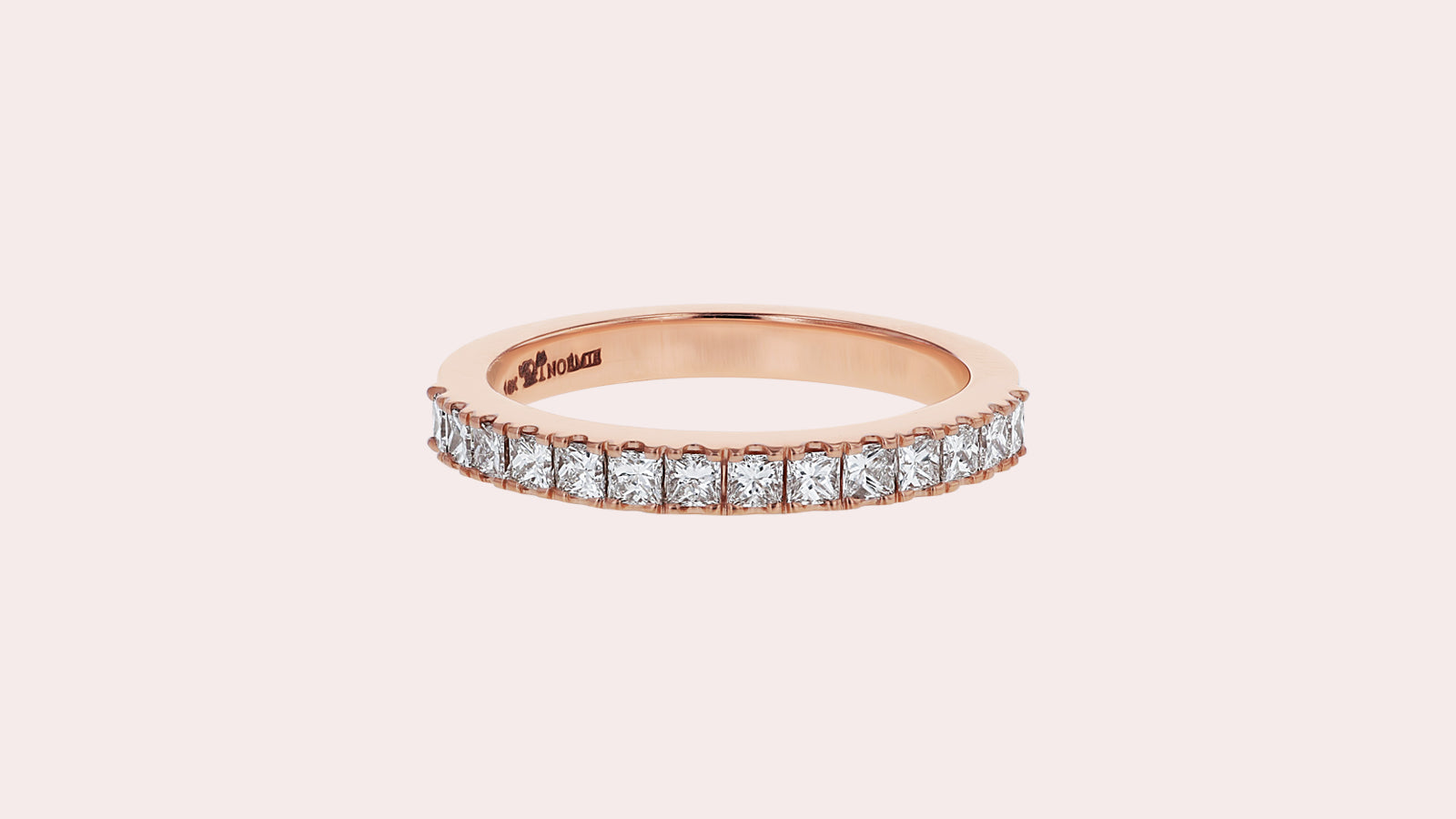 //cdn.shopify.com/s/files/1/1043/0216/files/Princess-Cut-Diamond-Eternity-Band_1600x_bdf04d09-cd8c-4b0d-980f-abaf6287c14f_1600x.jpg?v=14330134930663100565