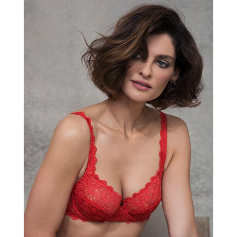 https://www.poinsettiastyle.co.uk/products/wacoal-lingerie-eglantine-underwired-bra-valencia-red-webfa662vad?_pos=7&_sid=2c92c0a41&_ss=r