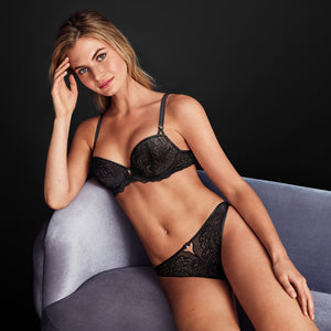 Btemptd-Lingerie-Night-Black-Undisclosed-Contour-Bra-WB953257004-Thong-WB959257004-Lifestyle