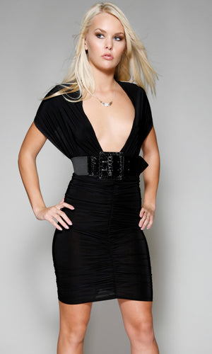 Four-Style-Versatile-Black-Dress-Front