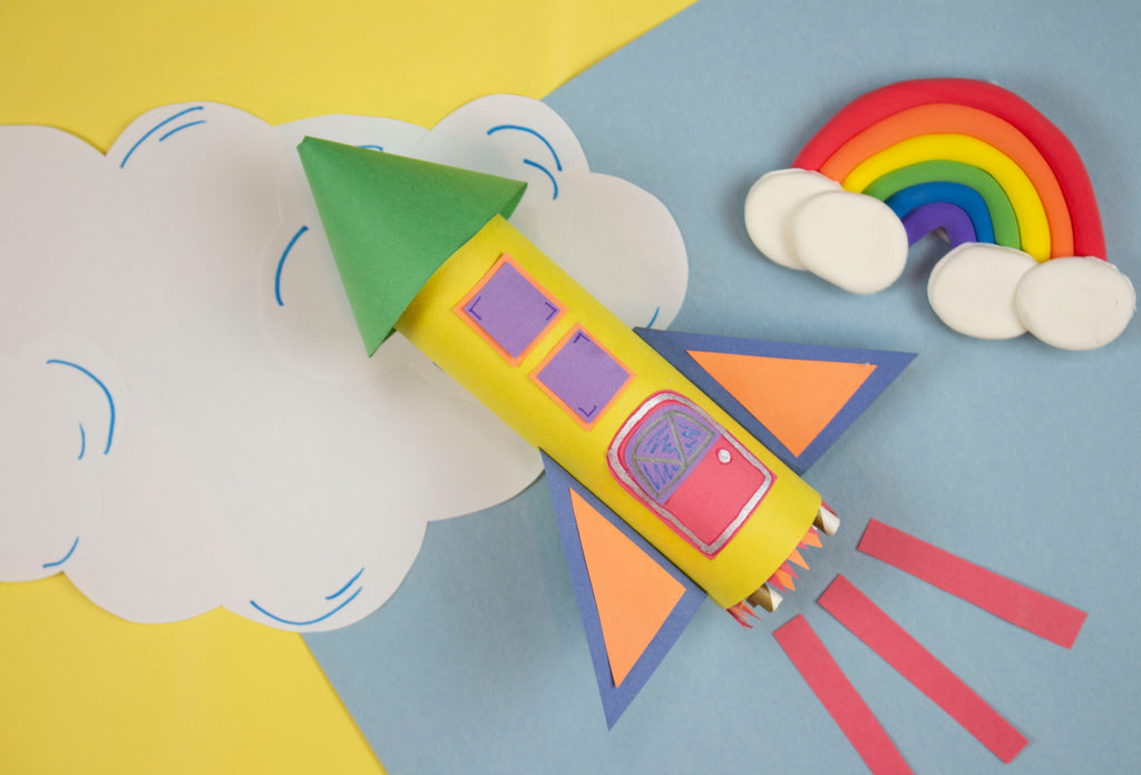 DIY Craft Tube Rocket Ship with Crayola