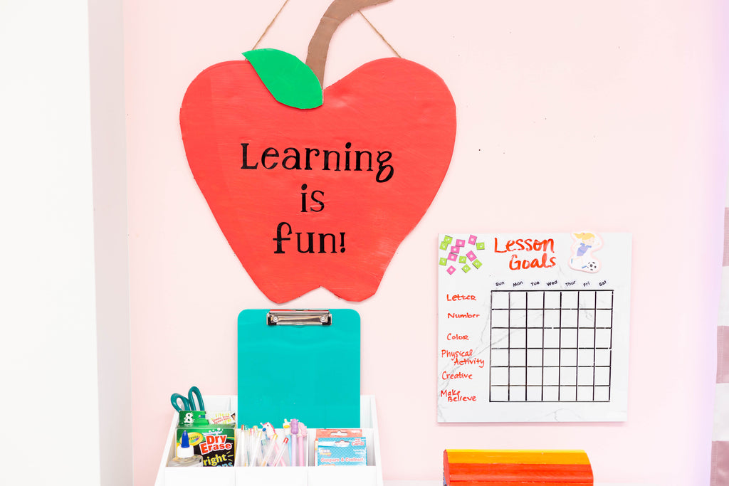 DIY Apple Back to School Learning Sign