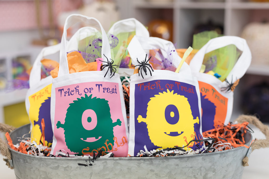 Cricut Halloween Iron-On Trick or Treat Bags