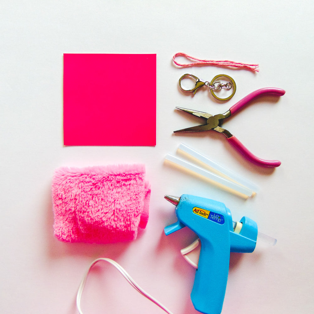DIY Fluffy Flamingo Key-Chain - Supplies