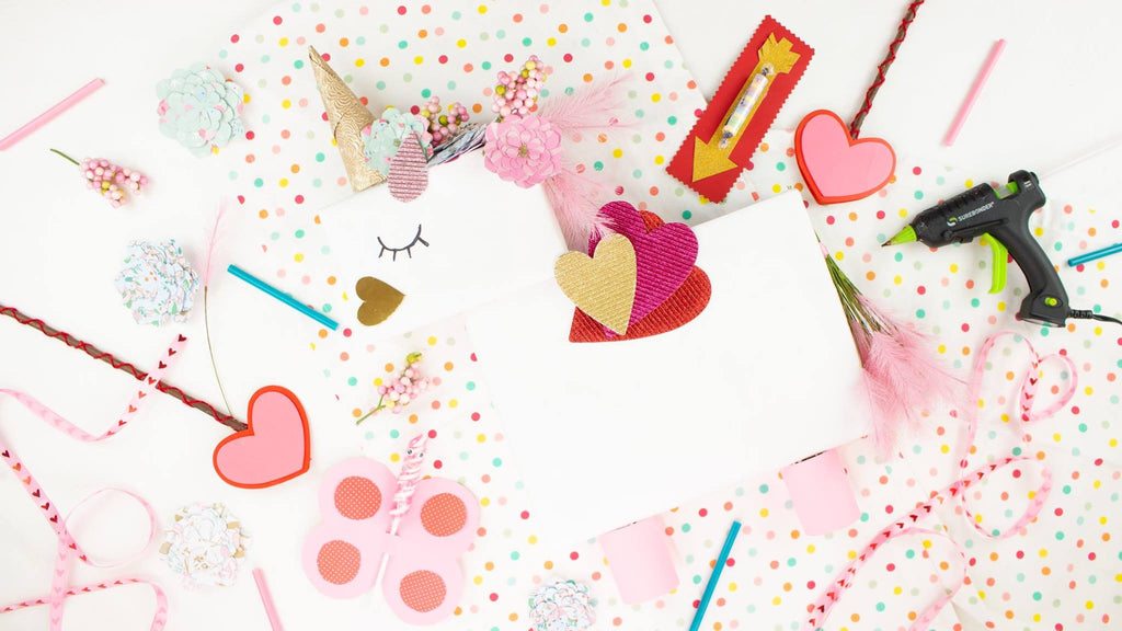 DIY Unicorn Valentine's Day Box