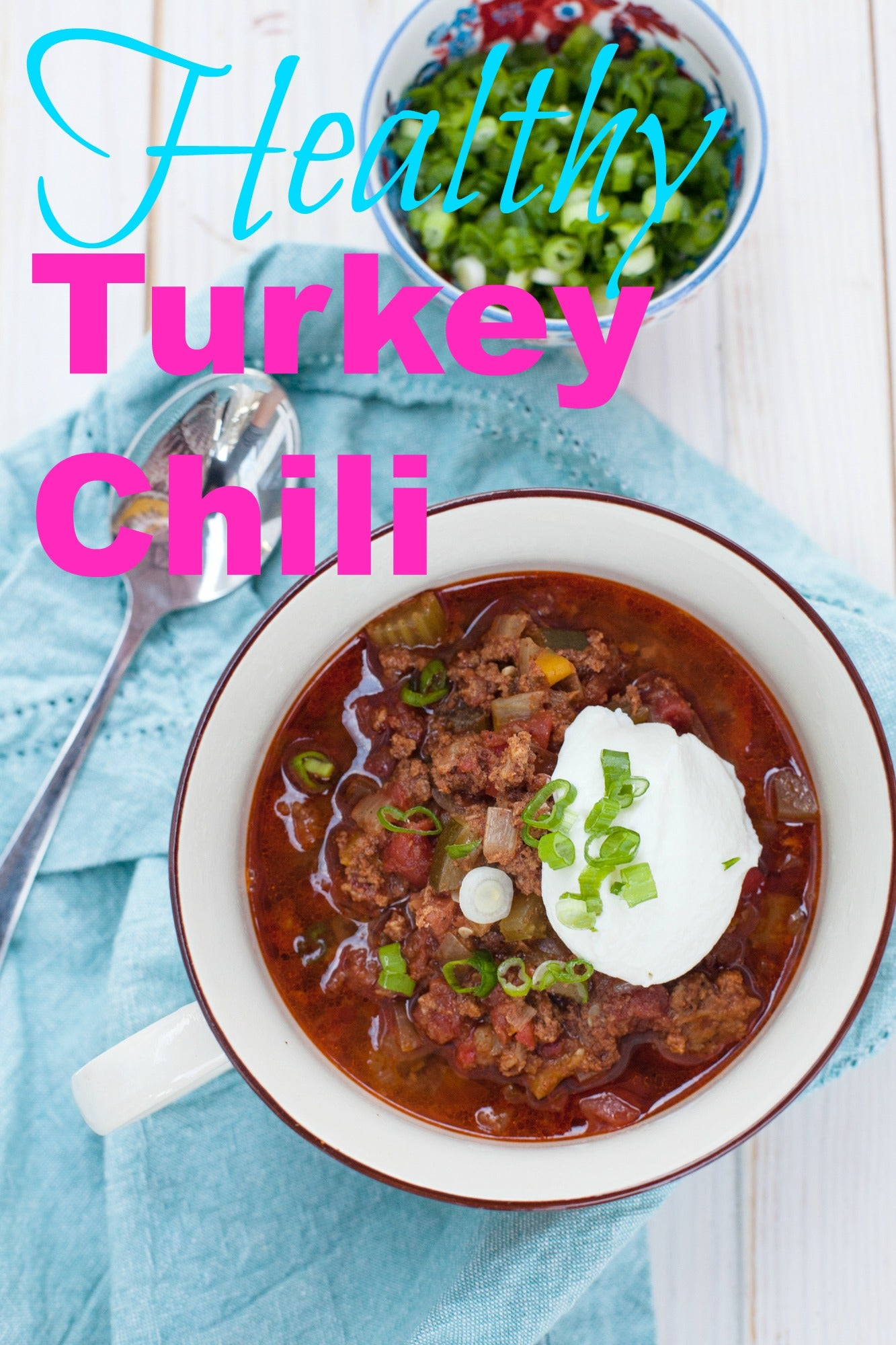 Easy and healthy slow cooked turkey chili