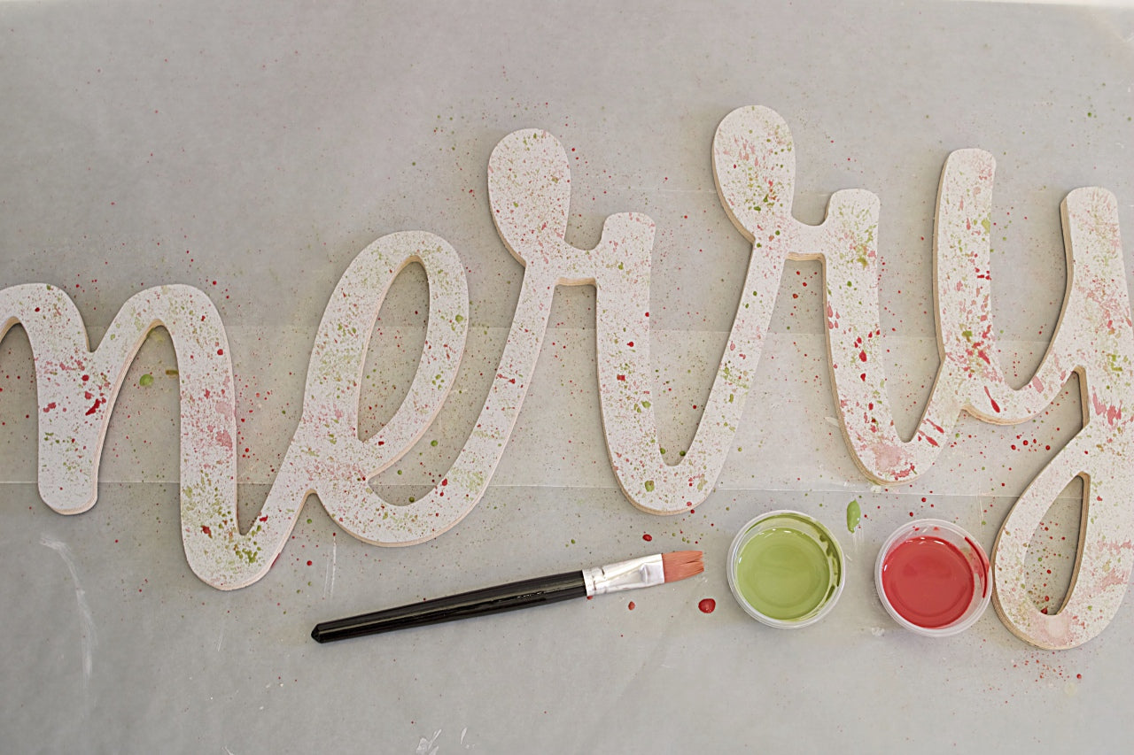 Splatter Holiday Sign