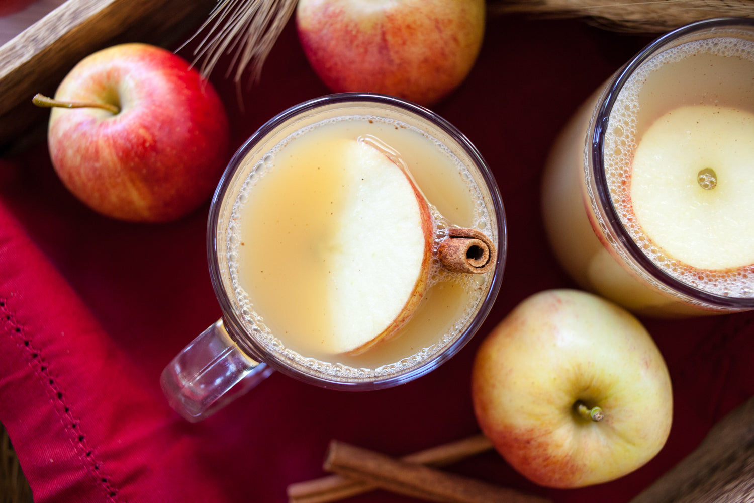 Thanksgiving Apple Punch