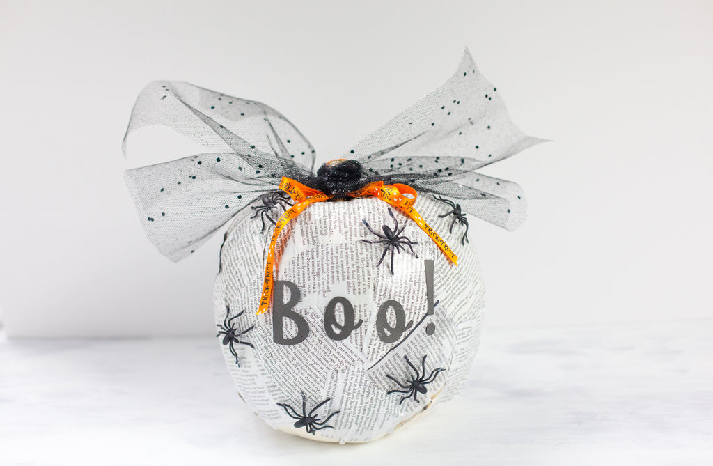 DIY Newspaper Pumpkin