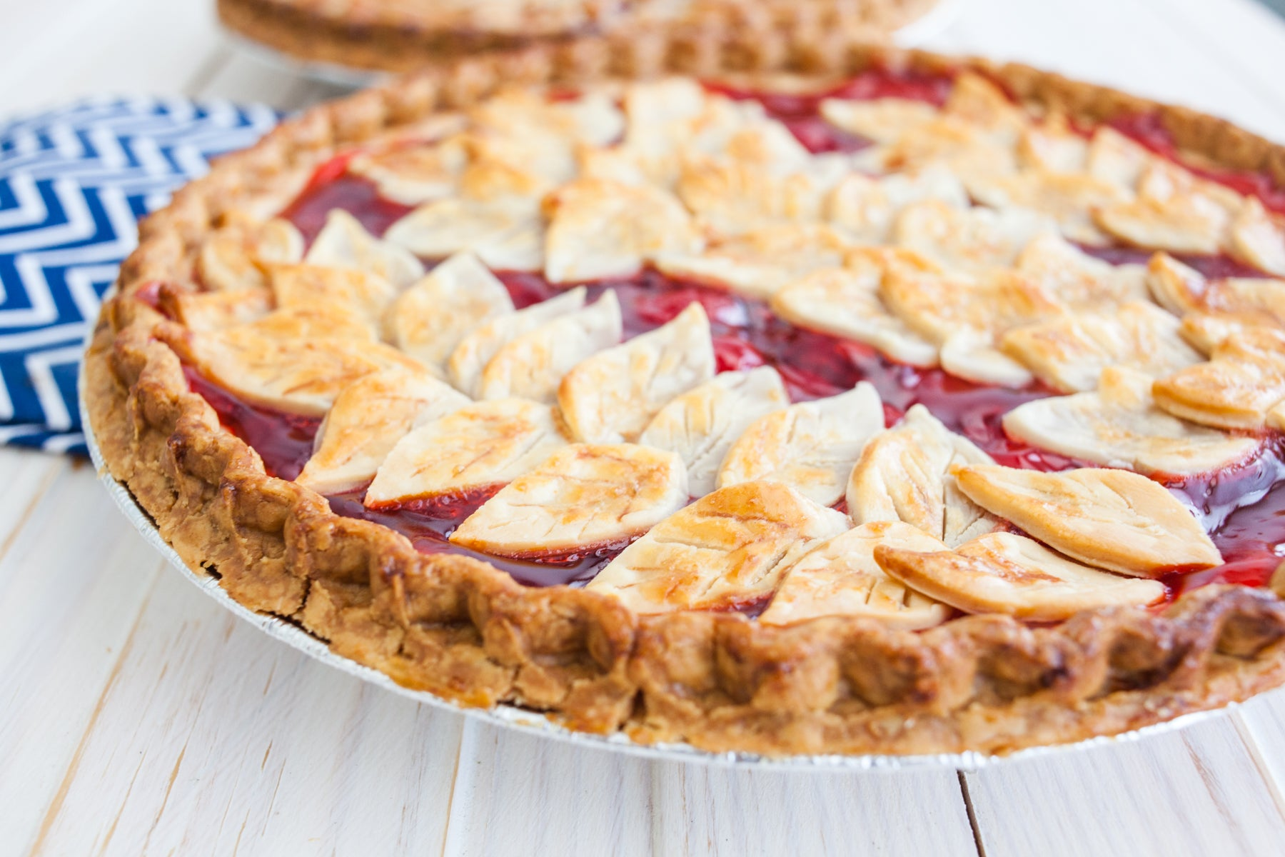 Fall Leafy Cherry Pie