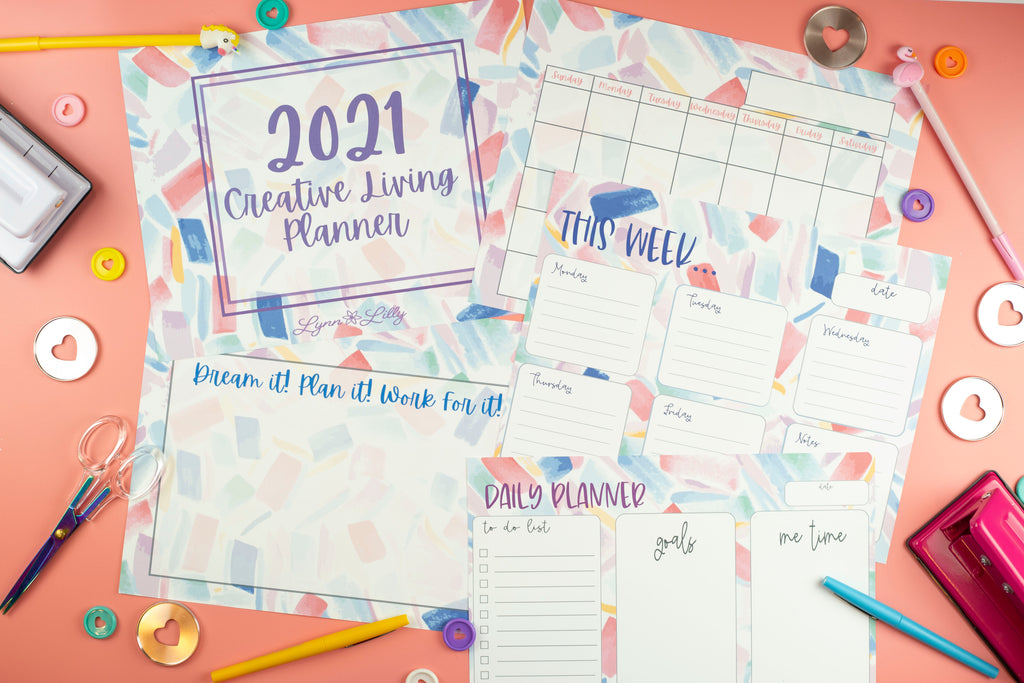 Free Print at home Planner by Lynn Lilly