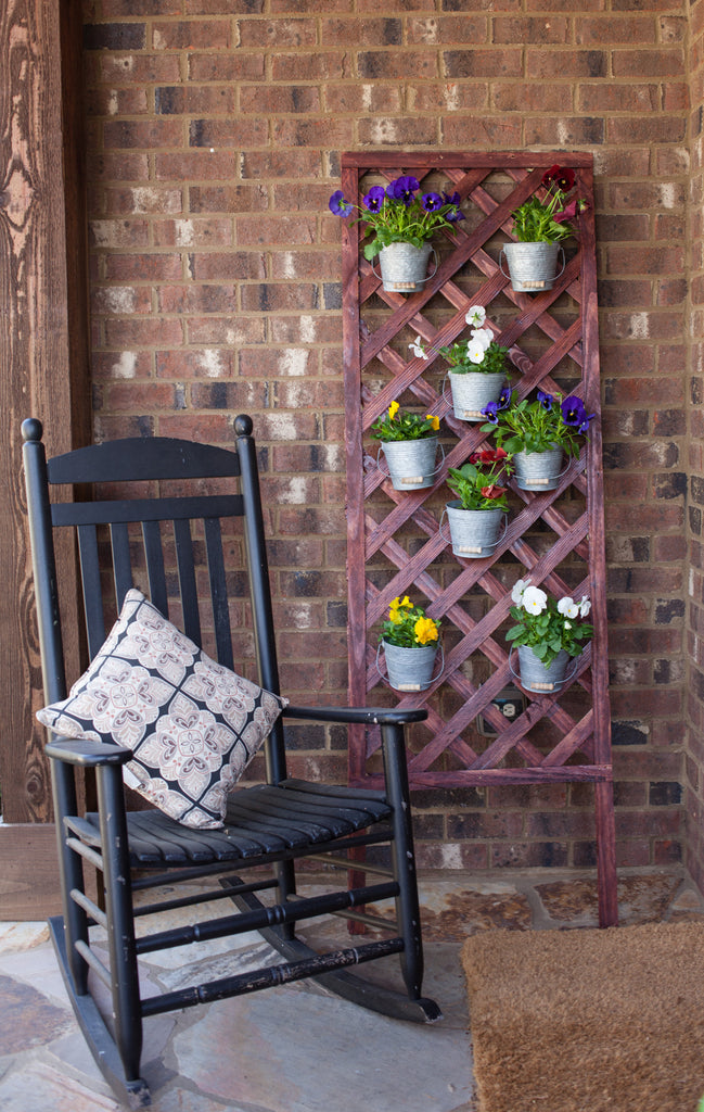 DIY Lattice Flower Wall