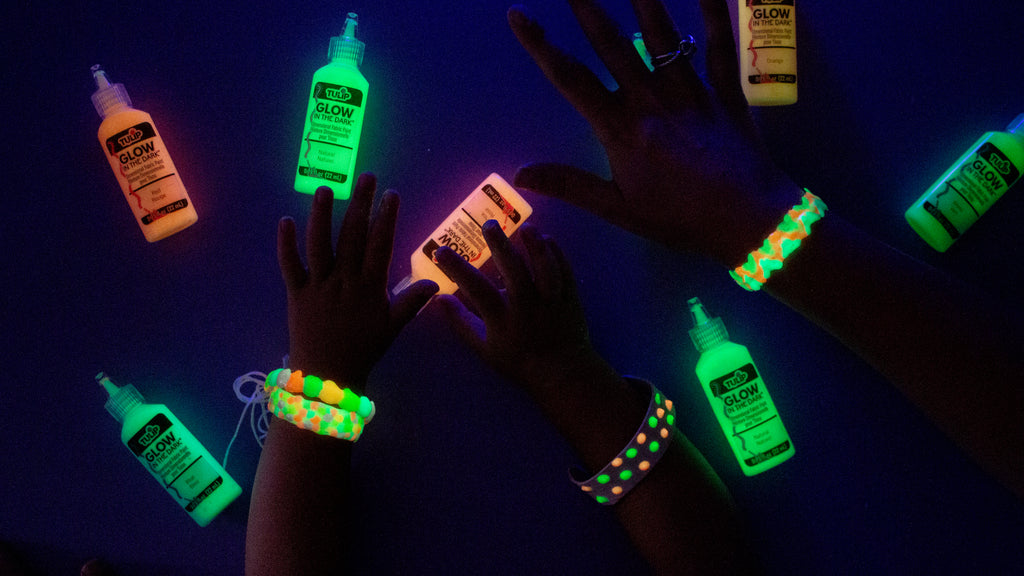 Glow-in-the-Dark Puffy Paint Bracelets with Tulip