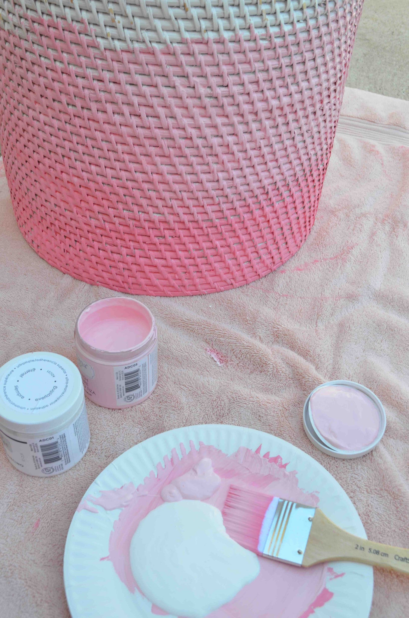 DIY Ombre Hamper