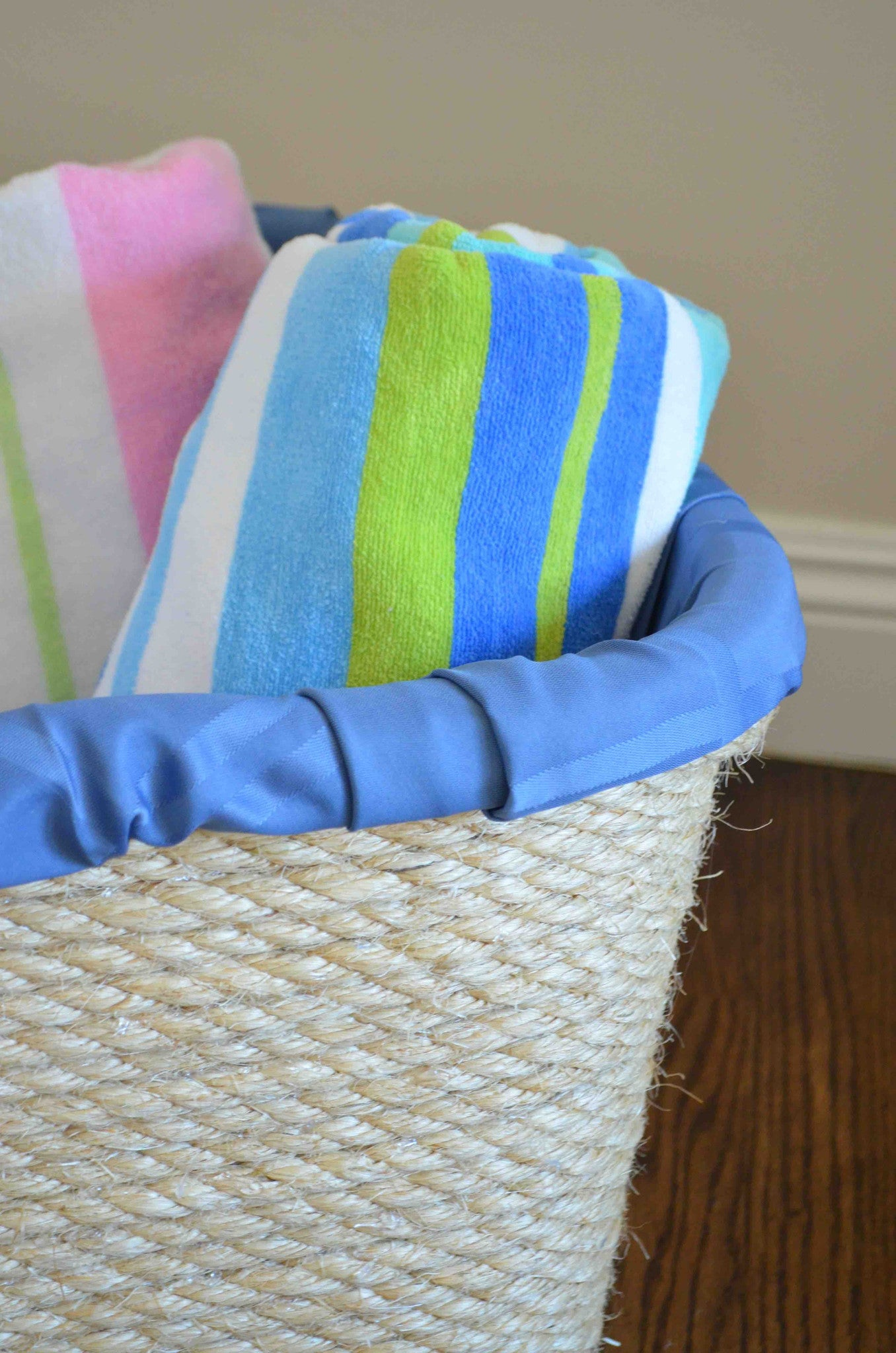 DIY Repurposed Rope Laundry Basket