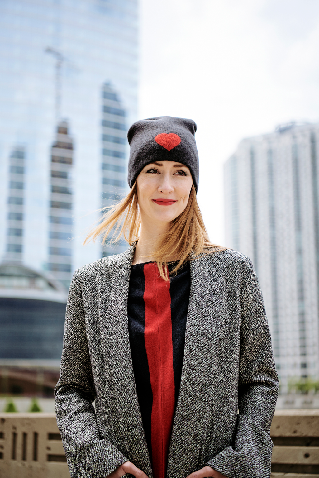 Reversible Slouchy Black Cashmere Hat with Red Heart