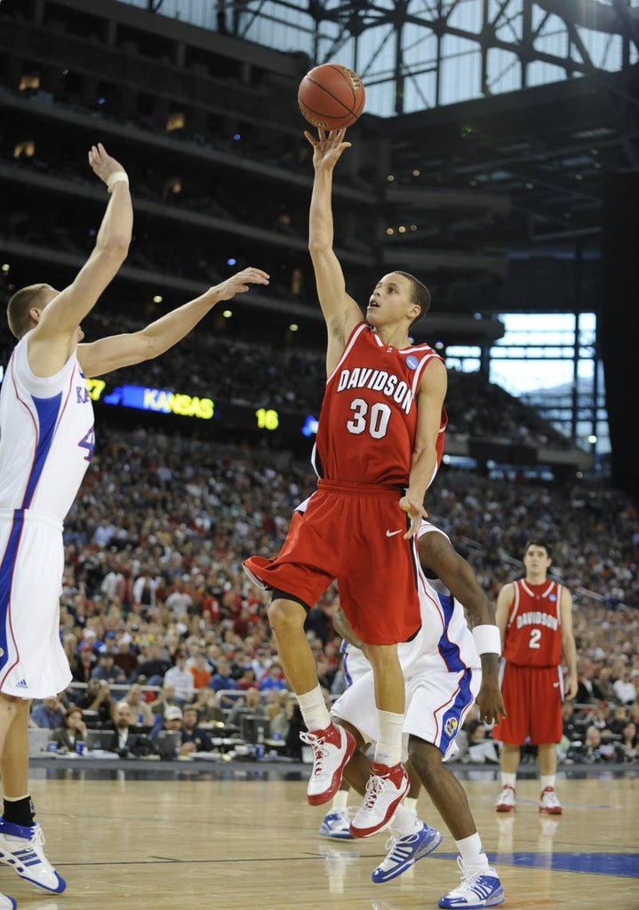 VIDEO: Stephen Curry's March Madness Highlights vs Kansas 2008