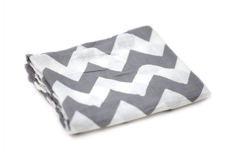 Muslin Blanket - Chevron Gray