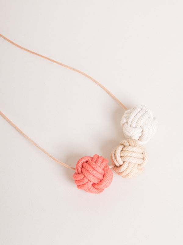 tide-necklace