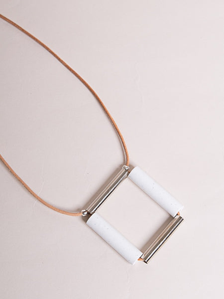 Square Necklace White/Silver