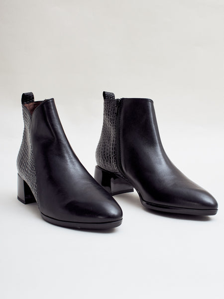 Ginger Boot Black