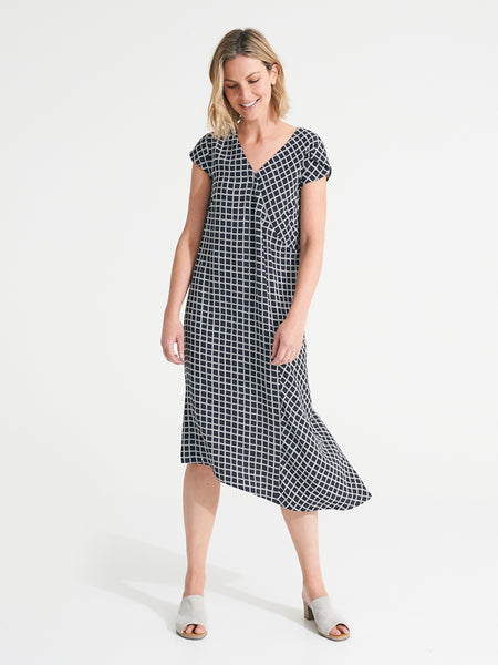 Willow Dress contrast check